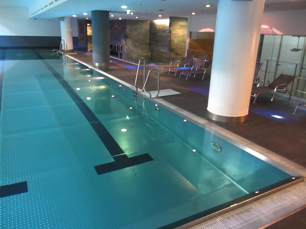 Intercontinental hotel reviews for Dusseldorf hotel mit pool